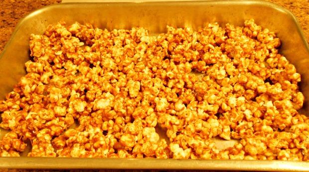 Biscoff Glazed Popcorn Pan